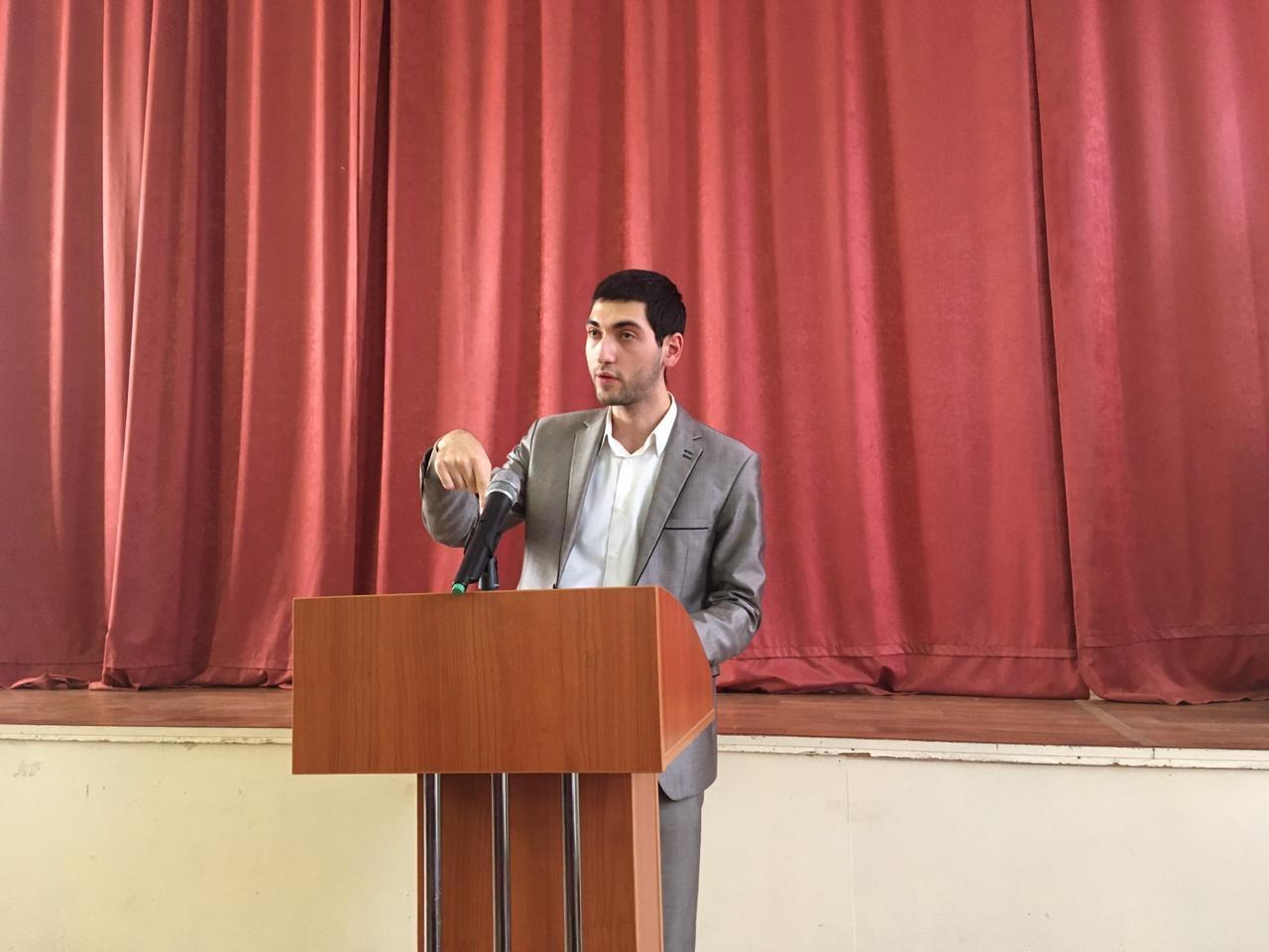 Председатель молодёжной избирательной комиссии Фрунзенского района поделился своим мнением о роли молодого поколения, патриотизме и экстремизме